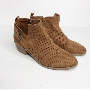 Universal Thread Ankle Boots Brown Size 7.5